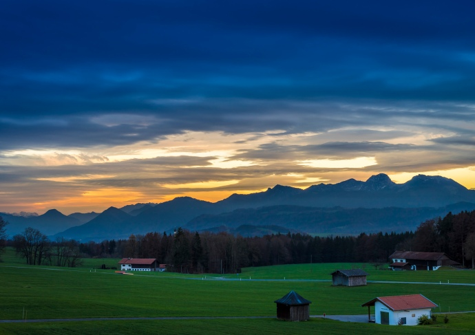 Autobahn Sunset, by Andy Luten